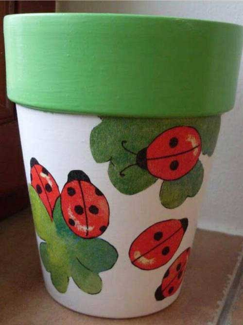 Decoupaged Clay Pot Ladybug - Clay Pot Crafts