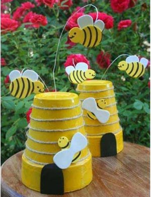 Bee Hive Clay Pot Bumble Bee With Floaty Bees - Clay Pot Crafts