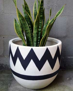 Blue and White Geometric Painted Planters - Clay Pot Crafts