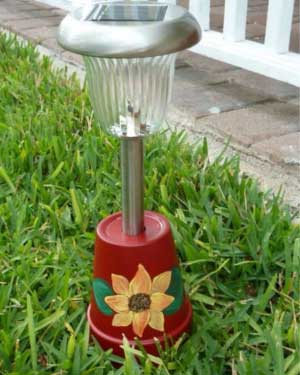 Flower Solar Garden Lights - Clay Pot Crafts