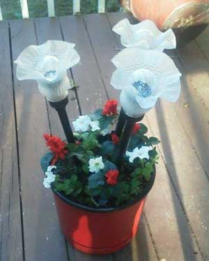 Frilly Solar Garden Lights - Clay Pot Crafts