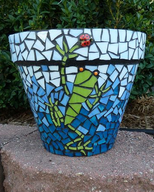Frog Mosaic Clay Pots - Clay Pot Crafts