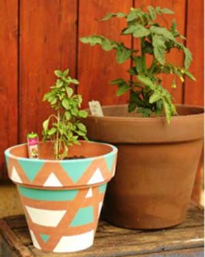 Green and White Geometric Painted Planters - Clay Pot Crafts