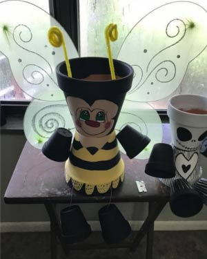 Seated Clay Pot Bumble Bee With Wings - Clay Pot Crafts