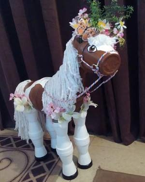 Tan and White Clay Pot Horse Planter - Clay Pot Crafts